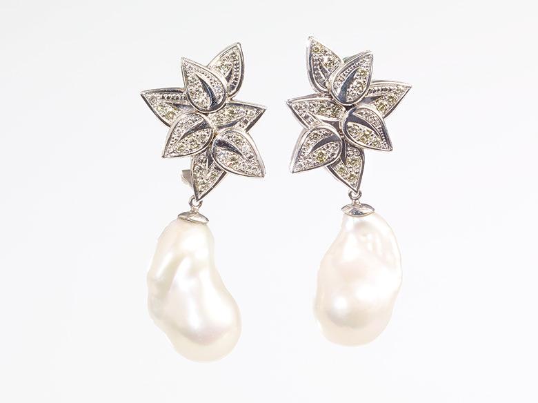 Blätter Ohrhänger mit Perle